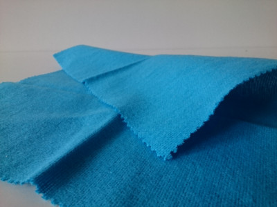 Utierka proti zahmlievaniu okien (23 x 27 cm)